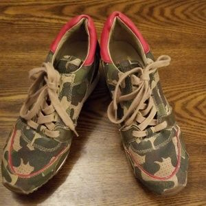Shoes - Funky Army print sneakers